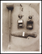 (1) The dade bend with bobbin; (2 & 3) heald pulleys; (4) sword or shed stick, figure 116