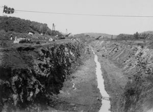 Construction of the Panama Canal, 1904 (b/w photo)