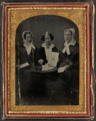 How Did Antislavery Women Use Portraits to Represent Themselves in the Transatlantic Antislavery Movement?
