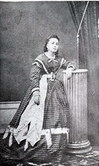 Photograph of an Unidentified Actress from the Villalongín Company.