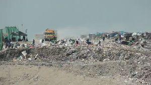 Payatas garbage dump, Philippines
